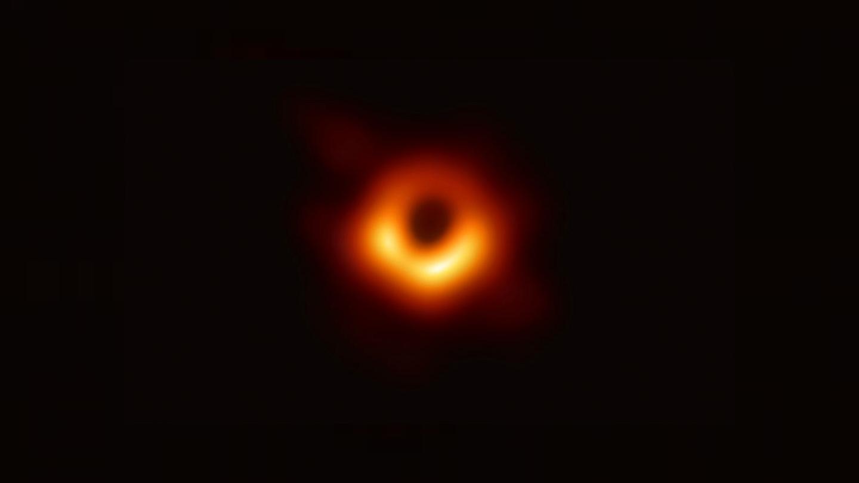 İlk kara delik fotoğrafı için bilim insanlarına 3 milyon dolar ödül verildi